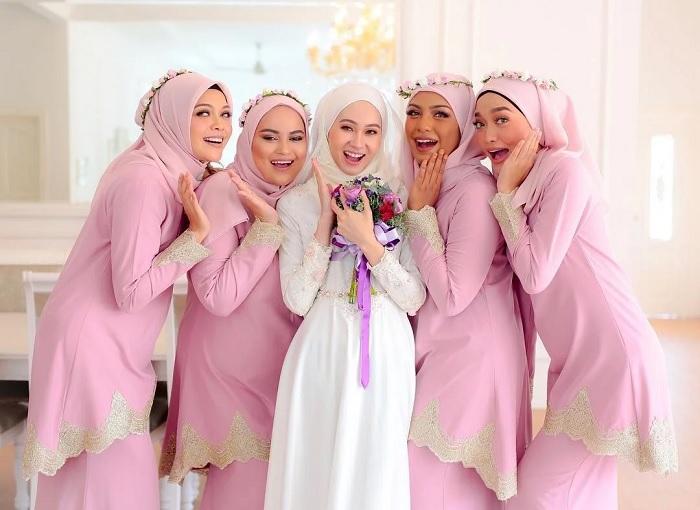 Jual Kebaya Modern Jadi Untuk Bridesmaid