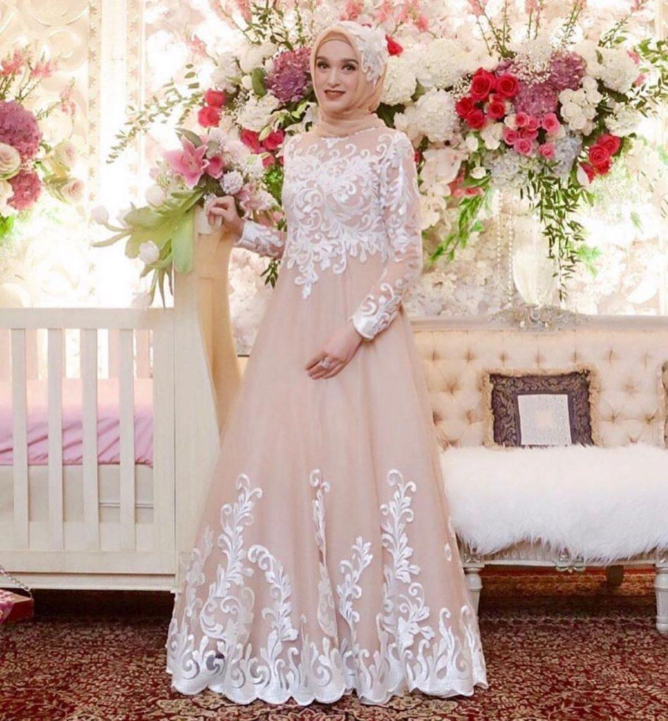 Model Kebaya Pengantin Muslim Untuk Akad Nikah - HijabFest