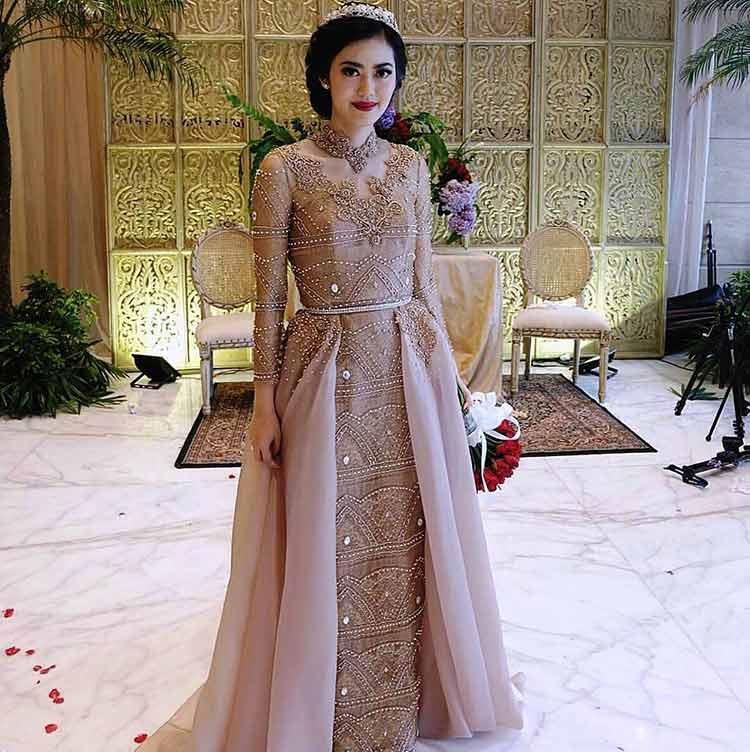 Intip Aneka Model Kebaya Pernikahan Cantik Untuk Kamu Yang ...