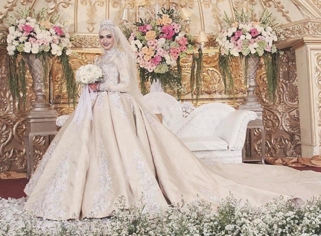 jual kebaya modern & hijab untuk pengantin, wisuda, pesta & kondangan di Bandung