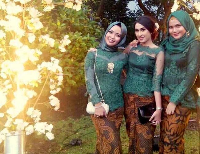 Jual Kebaya Modern & Hijab Untuk Pengantin, Wisuda, Pesta & Kondangan di Semarang